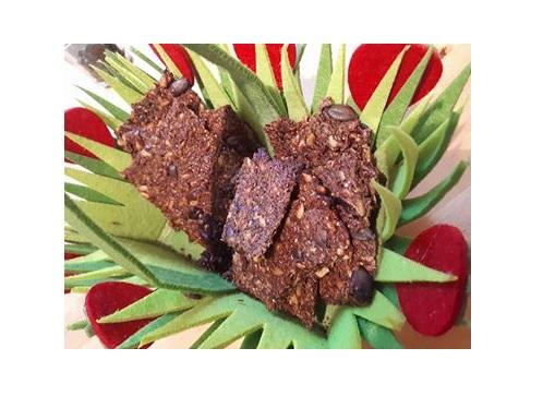 glutenfreies kn ckebrot aus lein chiasamen und k rbis sonnenblumenkernen einfach selber. Black Bedroom Furniture Sets. Home Design Ideas